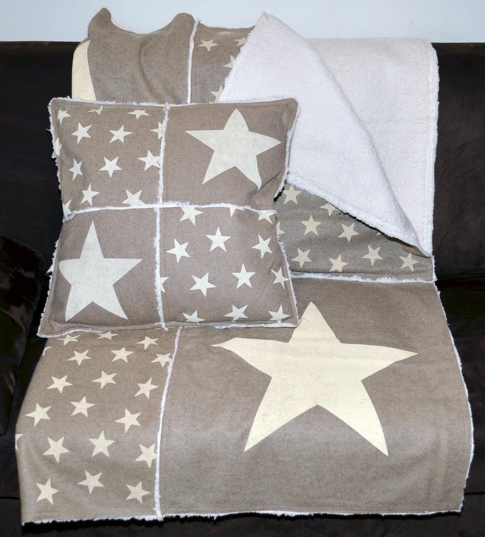 patchwork decke mit sternendruck beige. Black Bedroom Furniture Sets. Home Design Ideas
