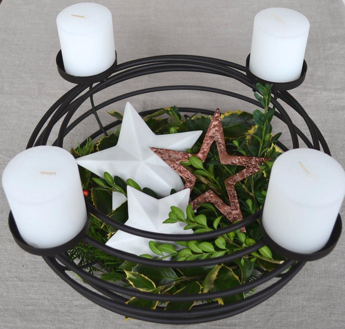 Adventskranz 40 cm aus metall mit kerzen kerzenst nder for Adventskranz edelstahl dekorieren