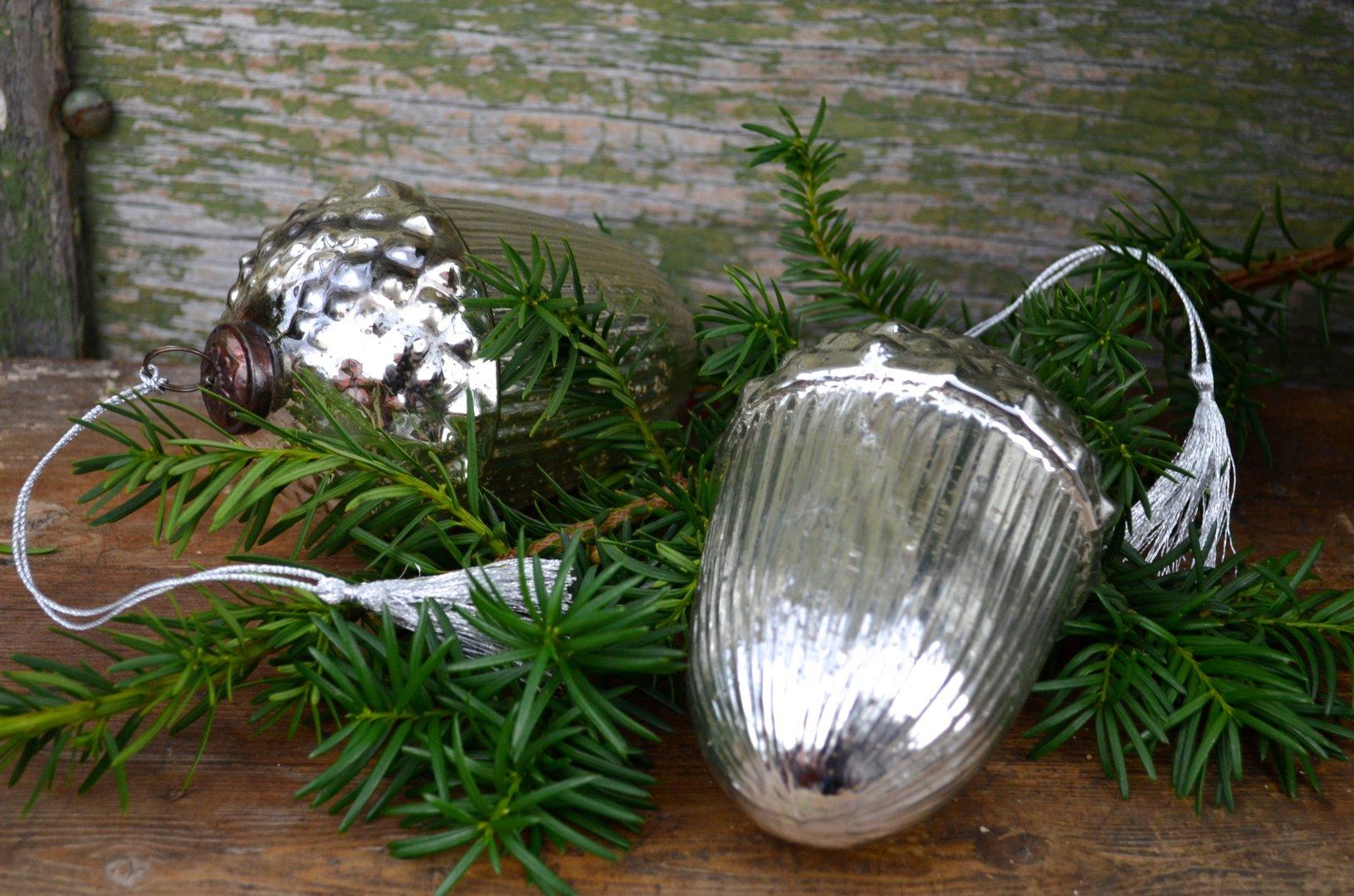 Tischdekoration eichel 2er set 16 cm silber for Blechtiere garten